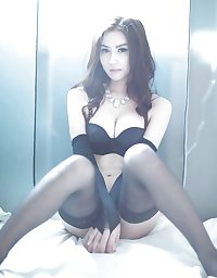 thai lady bar gogo bar massage coyote 5 pattaya thailand