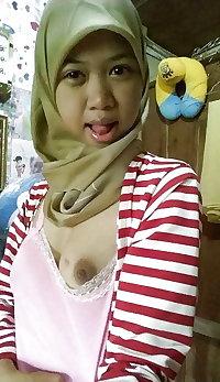 Naughty indonesian slut with hijab