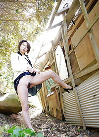 Japanese amateur outdoor 321
