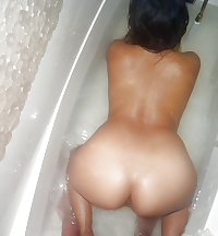 Curvy Filipina playing in the shower and fucking