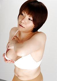 Shoko Hatta - Sexy Japanese MILF - Pantyhose