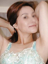 Japanese Mature Woman 05