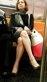 New York Subway Girls Busted and Caught Looking